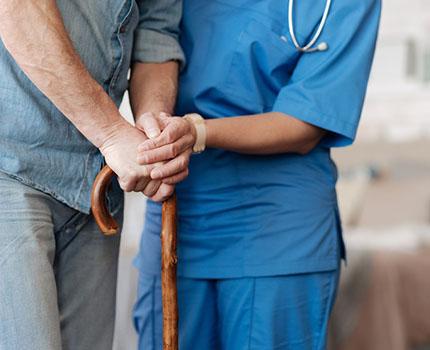 Sclérose en plaques : Peut-on réussir sa vie avec la SEP ? - Carenity